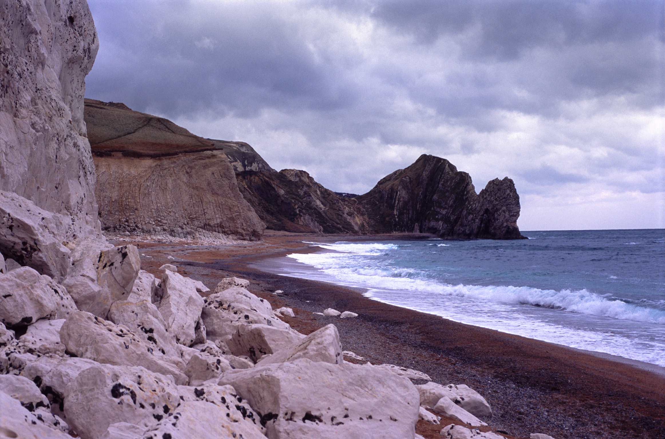 beach near durdle door and lulworth cove