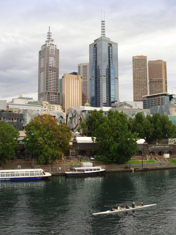 Skyline and Yarra River in Melbourne by photoeverywhere.co.uk