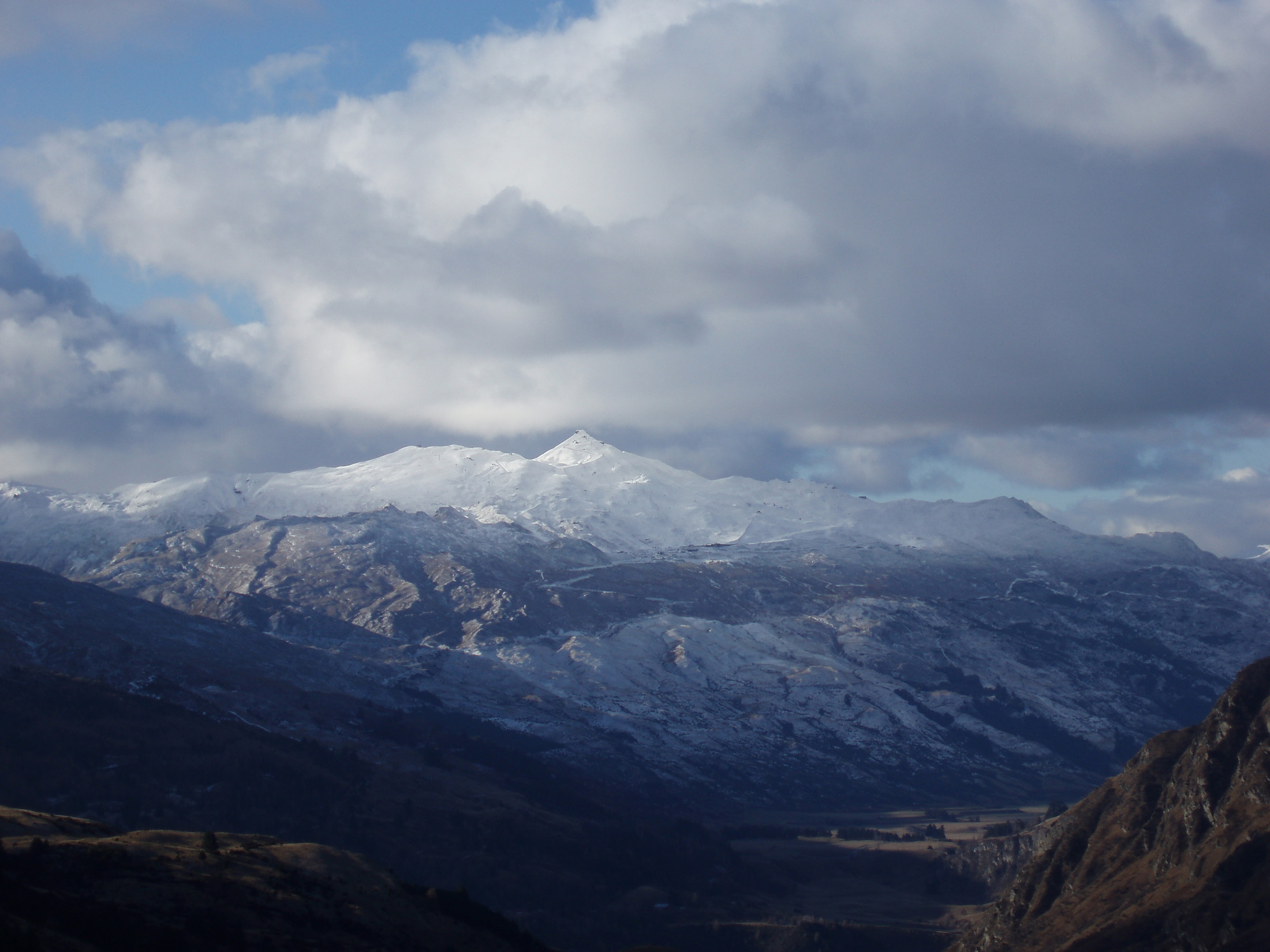 panoramic view of coronet peak in winter, queenstown, newzelaand