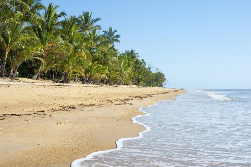 tropical beach by photoeverywhere.co.uk
