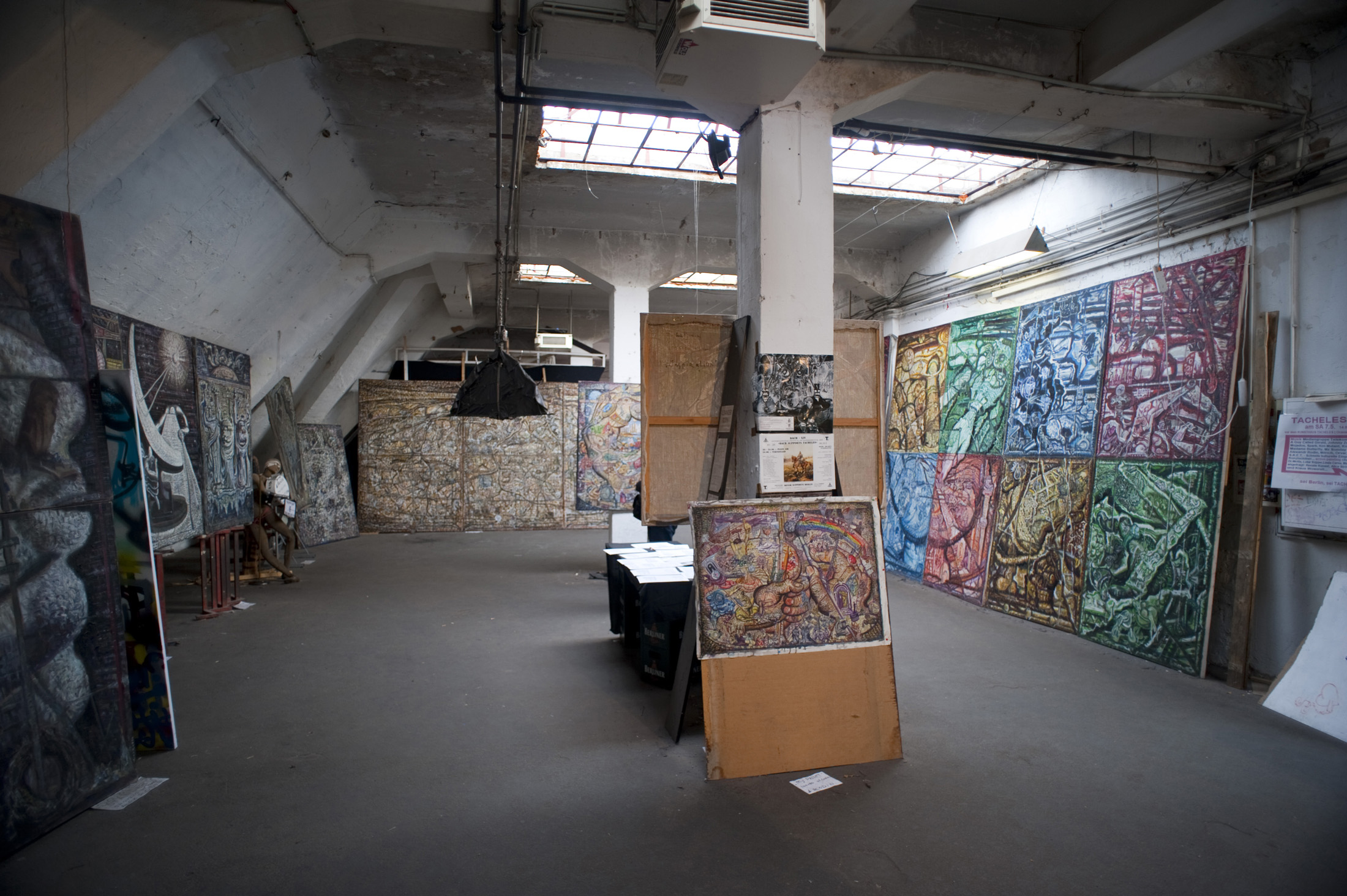 contemporary art in a derelict building, the Kunsthaus Tacheles art squat
