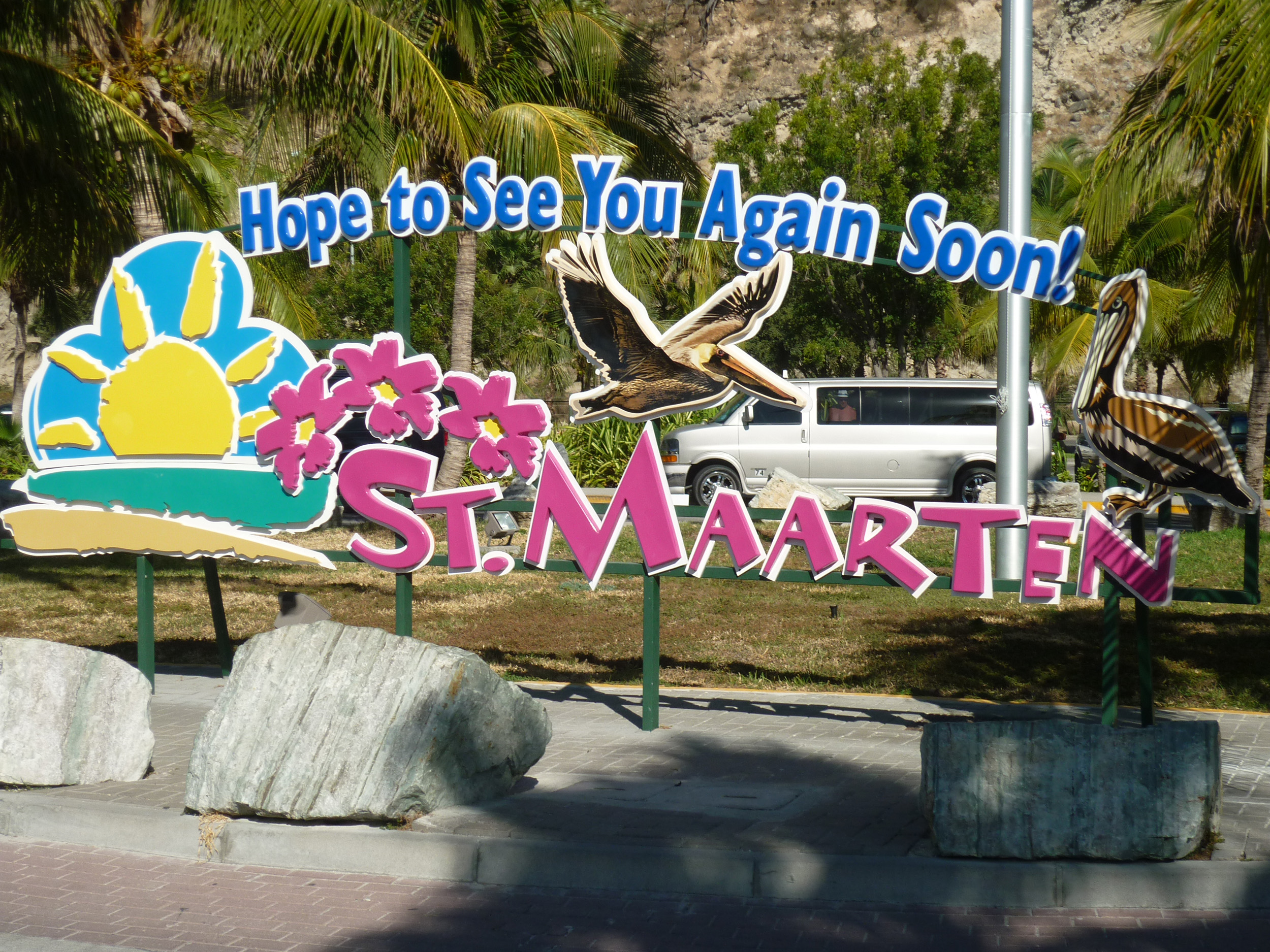 a sign wishing visitors to st maarten farewell