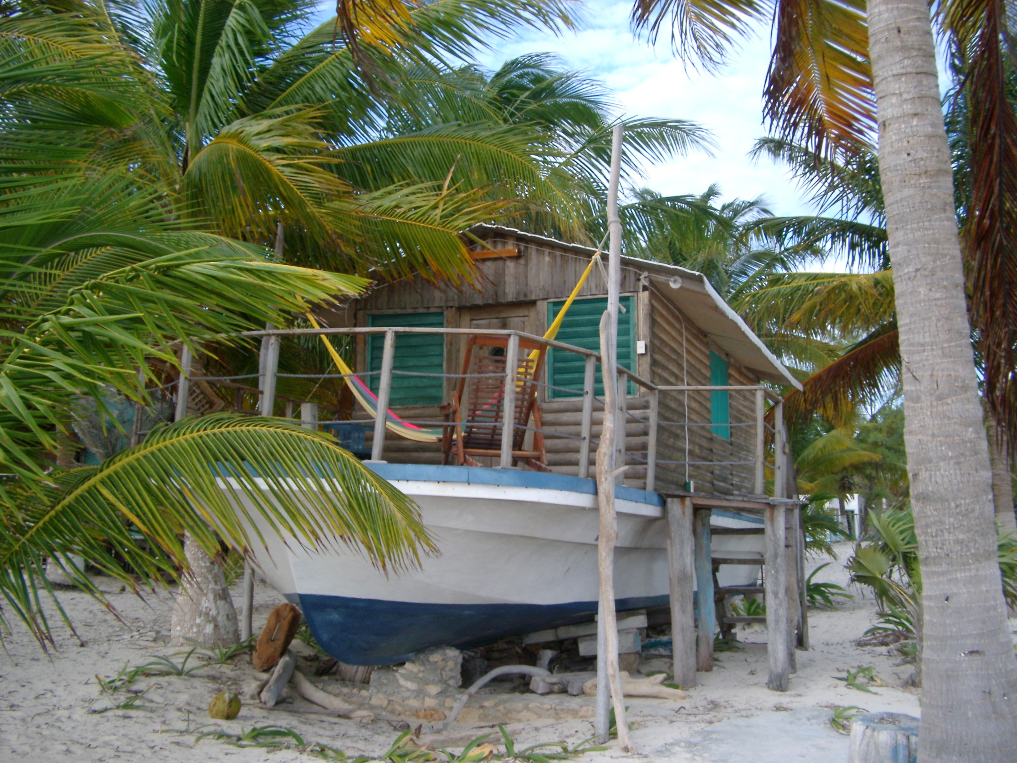 Log Beach House ~ Free stock photo of wooden log cabin houseboat in mexico