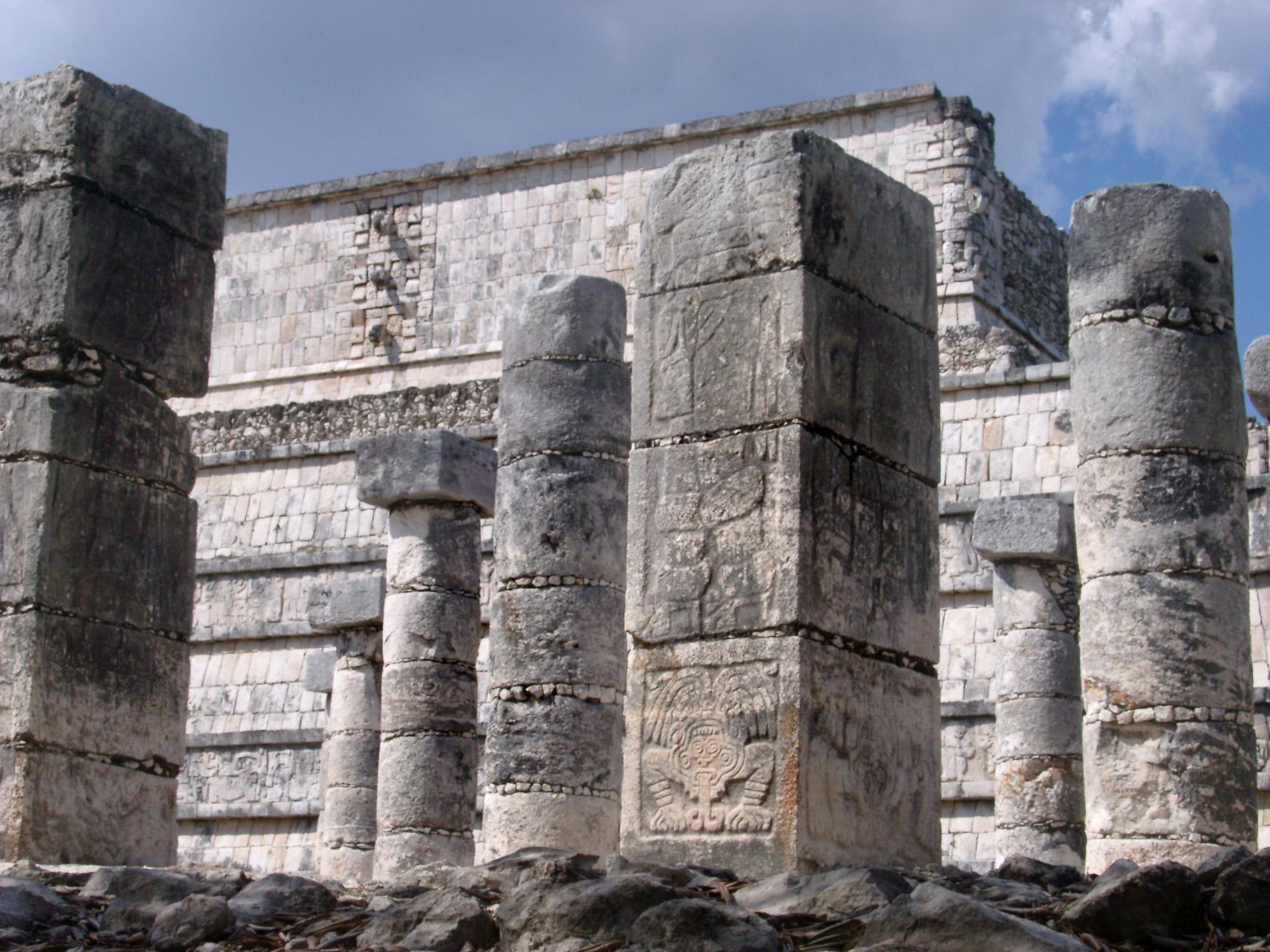 Building Stone Pillars : Free stock photo of stone columns at chitzen itza