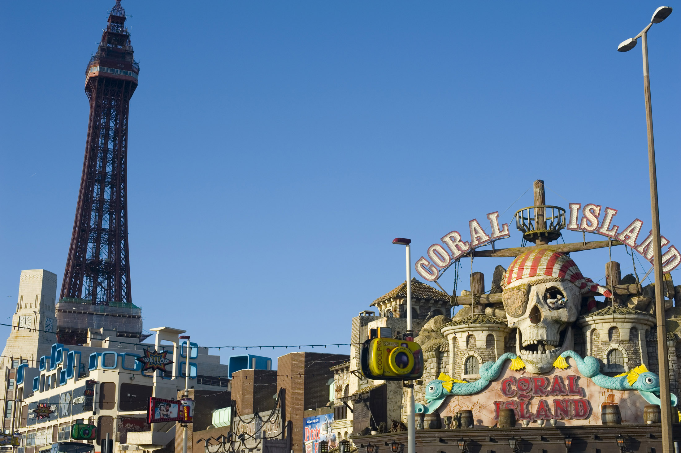 themed amusement arcades on blackpool seafront